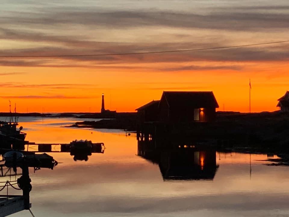 Solnedgang på Titran på Trøndelagskysten, Frøya