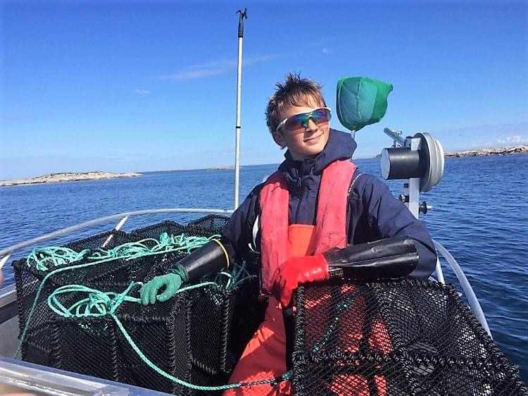Fiskeopplevelser hos Wold KystTransport på Bogøya i Frøyas skjærgård. Øyrekka på Trøndelagskysten