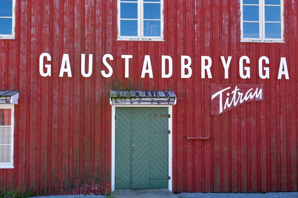 Gaustadbrygga på Titran - gjestebrygge og overnatting.