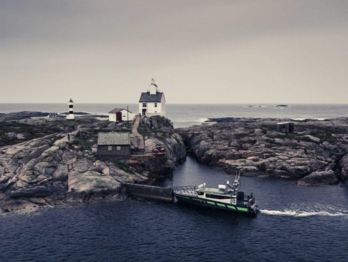 Bli med på øyhopping og opplev Frøyas fantastiske fyrtårn!