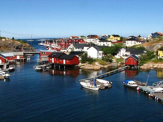 Øyhopping med stopp på Mausund i Frøyas skjærgård, Øyrekka