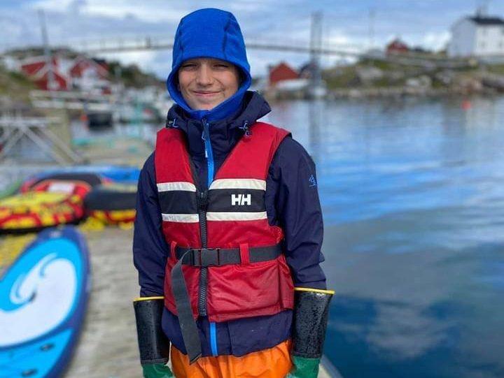 Norgesferie og vannaktiviteter på Bogøya i Frøyas skjærgård, Øyrekka