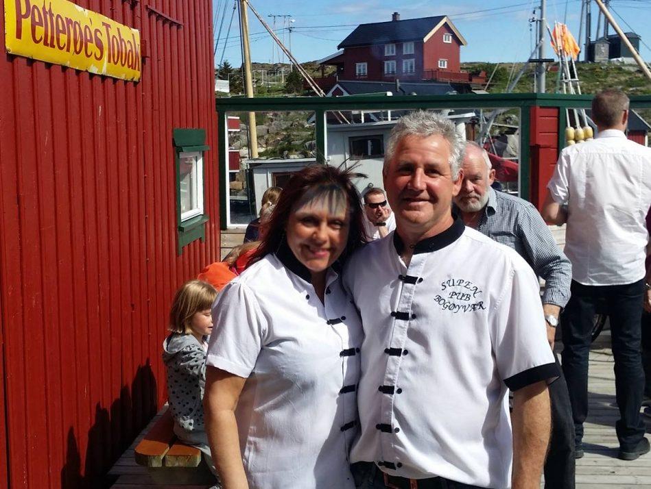 Vertskapet på Supen Pub på Bogøya