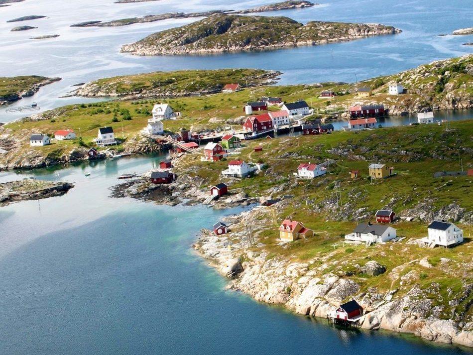 Bogøyvær i Frøyas skjærgård sør på Trøndelagskysten