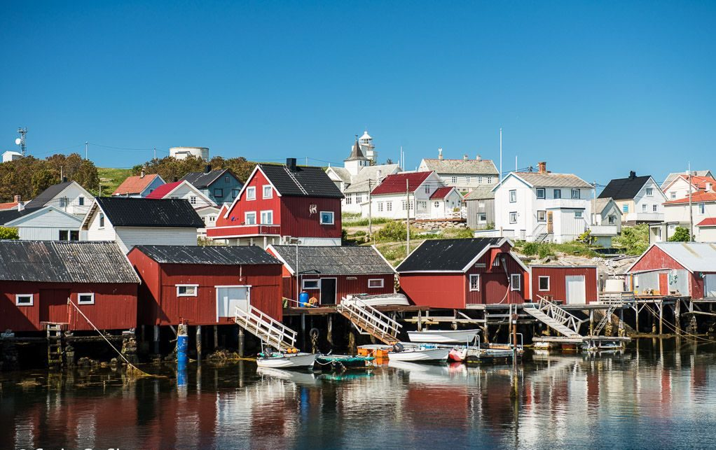 Hotell Frøya arrangerer opplevelsesturer til Frøyas skjærgård, Øyrekka på Trøndelagskysten