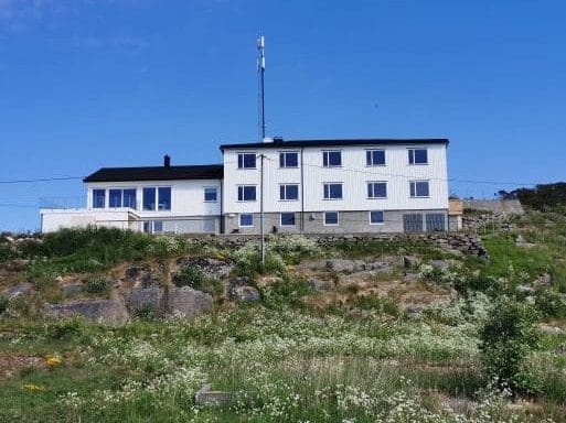 Kunstsenter Hanna Daae's hus på Sula, FRøyas skjærgård på Trøndelagskysten