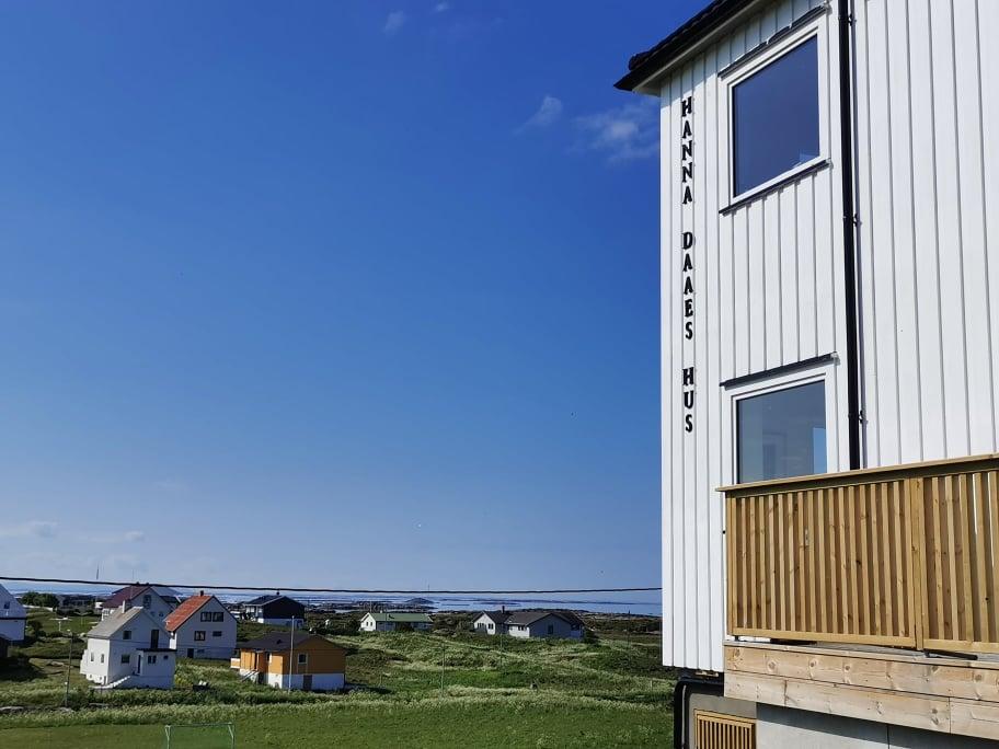 Kunstsenter på Sula i Frøyas skjærgård, Øyrekka på Trøndelagskysten.