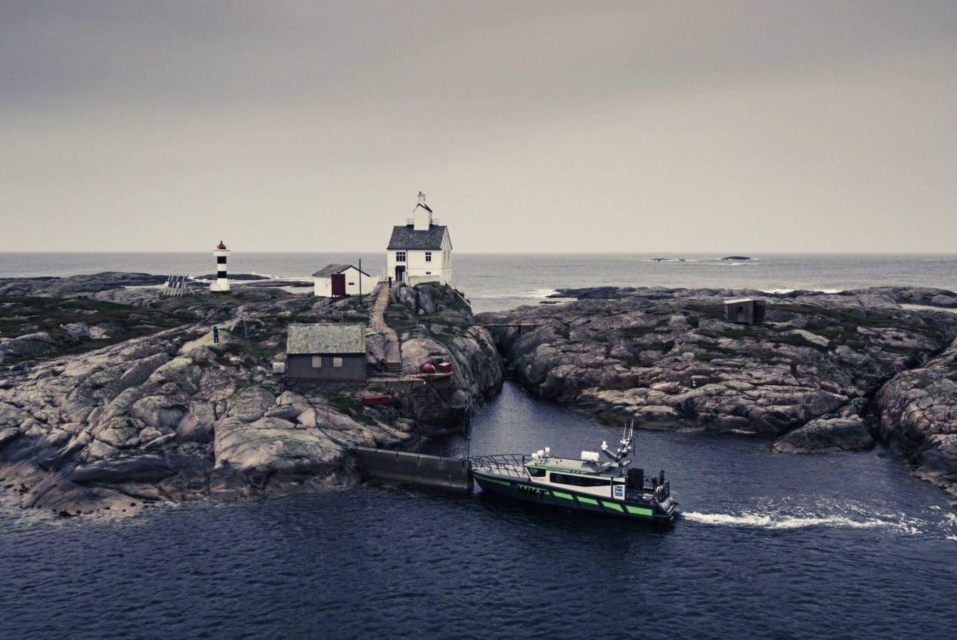 Øyhopping til Finnværet i Froan